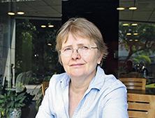 Dr. Melitta WALIGORA Humboldt Universität zu Berlin